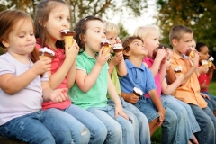 Sertoma_Ice_Cream_Festival_Utica_Ohio_Kids_Eating_Ice_Cream